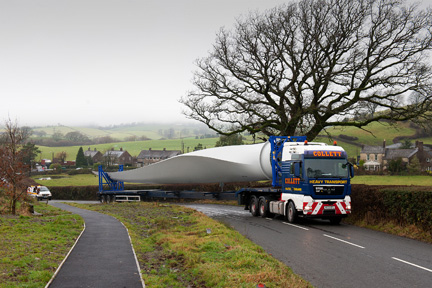 Wind turbine blade being transported through Old Hutton